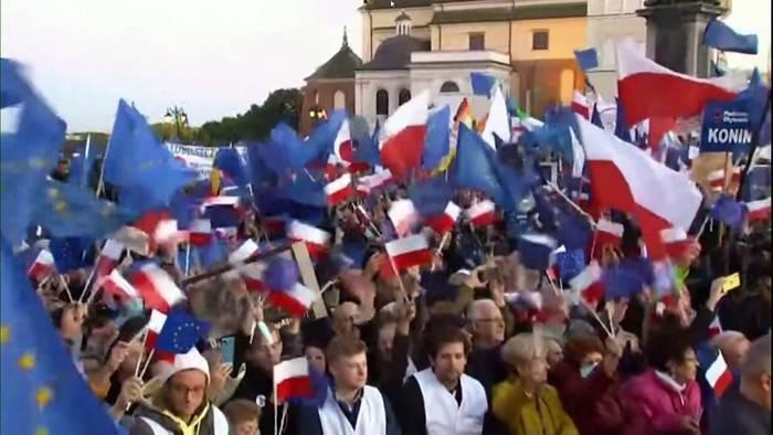 News video: Proteste gegen Polexit - Donald Tusk: