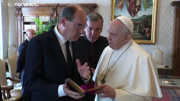 News video: Besuch mit heiklem Thema: Papst empfängt Frankreichs Premier Castex