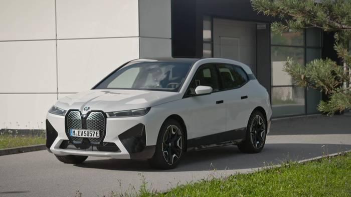 News video: Der erste BMW iX - Elektrischer Allradantrieb und Aktornahe Radschlupfbegrenzung