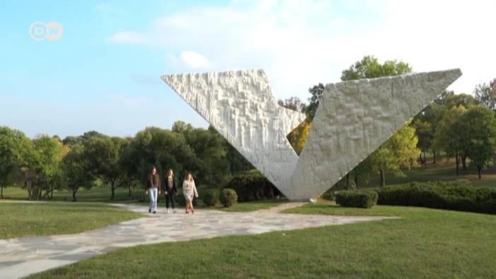 Video: Serbien: Geschichtsstunde der Versöhnung