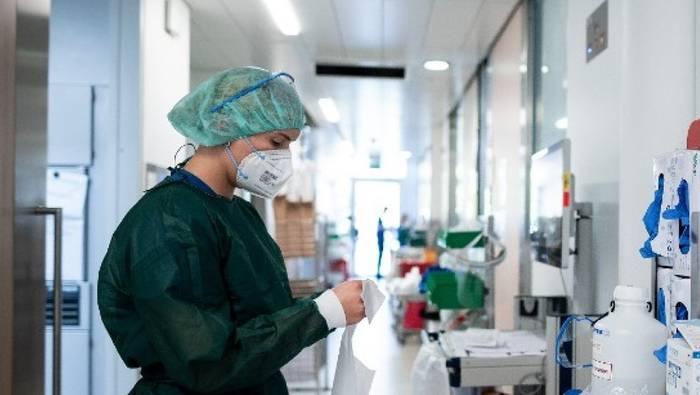 News video: Studie: So hohe Kosten verursachen Impfverweigerer