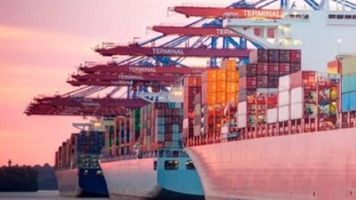 News video: Grund zur Sorge? Deutsche Exporte gehen seit drei Monaten zurück